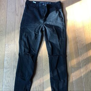 American Eagle Outfitters Skinny Jean w/ Knee Rips